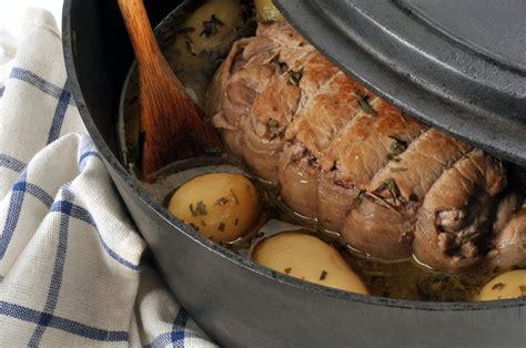 cuisiner le veau en cocotte recette rôti de veau en cocotte