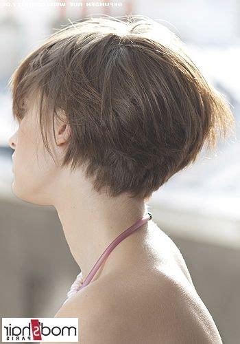 Das haar wird nach dem föhnen glatt nach hinten gekämmt und im nacken eine imaginäre linie gesucht, an der der haaransatz enden soll. Bob Frisuren Mit Kurzem Nacken für Männer und Frauen graphics