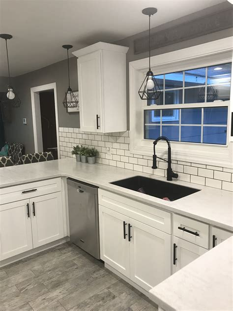 Alibaba.com offers 194 black shaker kitchen cabinets products. White shaker cabinets with solid surface countertops and ...