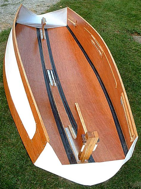 Foldable Boat Assembly by Barquito Folding Boat Assembly