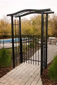 tonnelle imperiale fermee par une barriere simple modele With tonnelle en bois pour jardin 1 jardin dhiver auvent dete serre geodesique garden