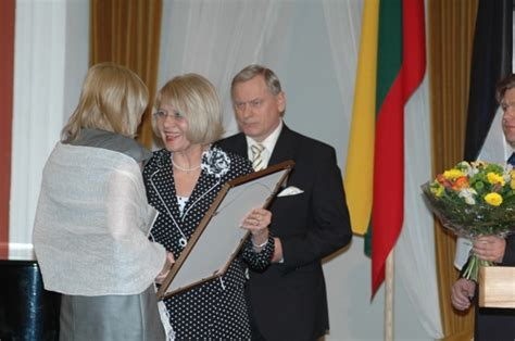Viļņā laureāti saņem Baltijas Asamblejas balvas (foto ...