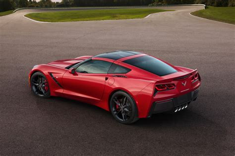 2018 Chevrolet Corvette C7 Stingray Debuts In Detroit
