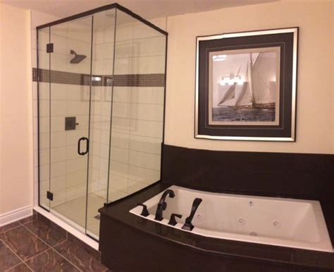 bathroom mirrors ottawa 25 best our glass showers images on glass 11155