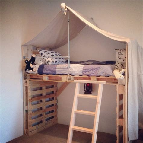 diy loft bed toddlers beds made from wooden pallets pallet wood projects