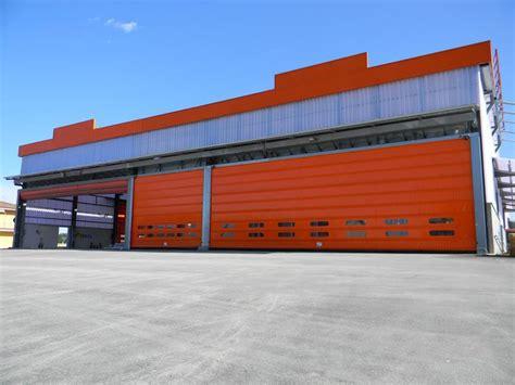 portoni capannoni portoni industriali per capannoni come scegliere il