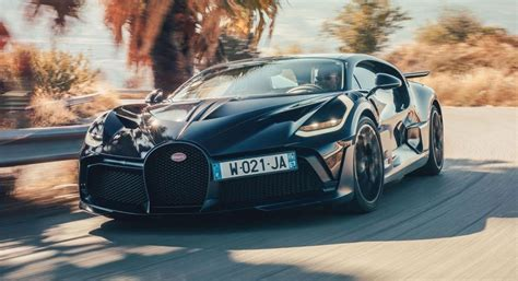 Fast and formidable, the 2020 bugatti chiron is a hypercar that's worthy of the hype. Bugatti Divo Is Faster Than The Chiron, Yet As Easy To ...