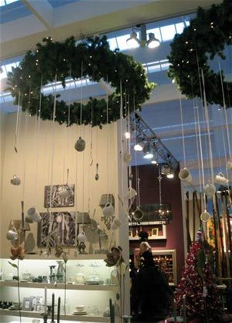creative christmas display ideas examples