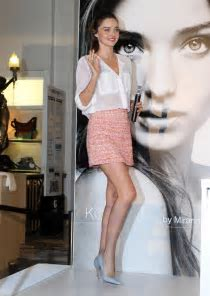 More Pics of Miranda Kerr Mini Skirt (11 of 13)   Mini