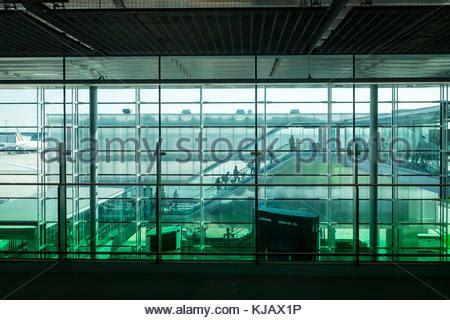 bureau de change roissy charles de gaulle the f terminal gates at charles de gaulle cdg airport in
