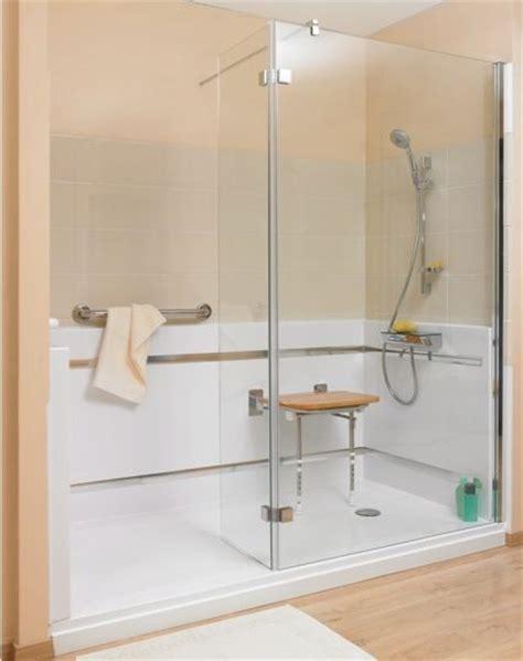 siege pour handicapé les 25 meilleures idées de la catégorie salle de bains