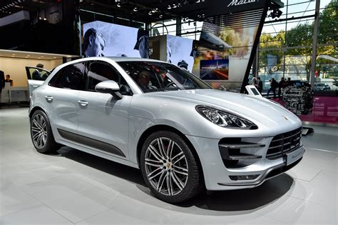 Paris Motor Show 2014: Porsche Cayenne S E-hybrid