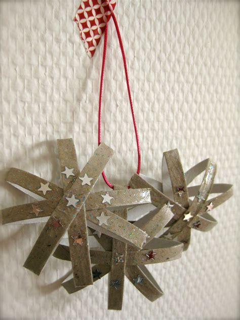 decoration de noel avec rouleau papier toilette d 233 coration noel rouleau papier wc