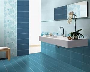 Fliesenlack Für Bodenfliesen : 20 beispiele f r blaue bodenfliesen im badezimmer ~ Lizthompson.info Haus und Dekorationen
