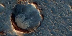 NASA Mars Reconnaissance Orbiter captures images of ...