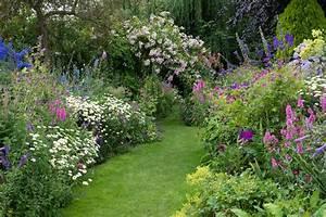 An English cottage garden — Landscape magazine