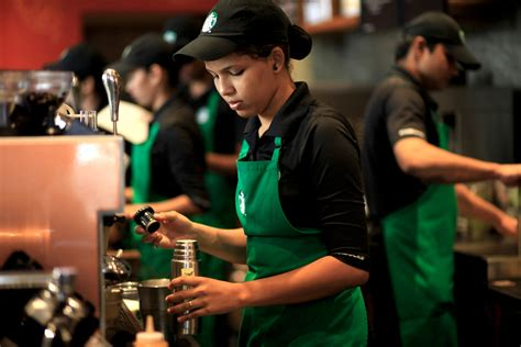 Starbucks brews following in India where tea is supreme   The Seattle Times