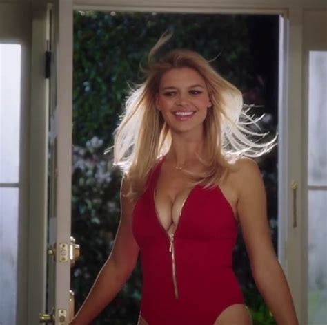 Baywatch Babes Shows Boobs In