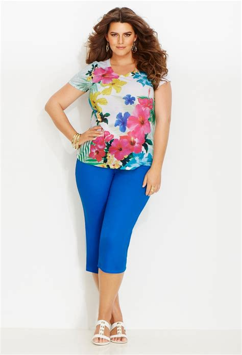 Weekend Getaway Style | Plus Size Outfits | Avenue | blusas | Pinterest | Summer Pants and Style