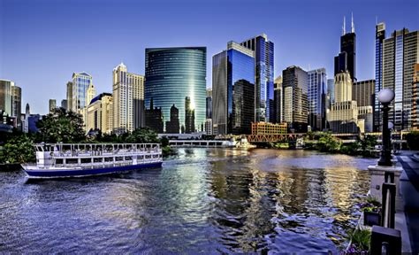 Limo Service Around Me by Limo Service Chicago Neighborhoods Gold Coast The Loop