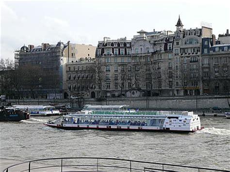 Bateau Mouche Groupe Scolaire by Croisi 232 Res Fluviales D 238 Ner Croisi 232 Re 224 Paris Sur La Seine