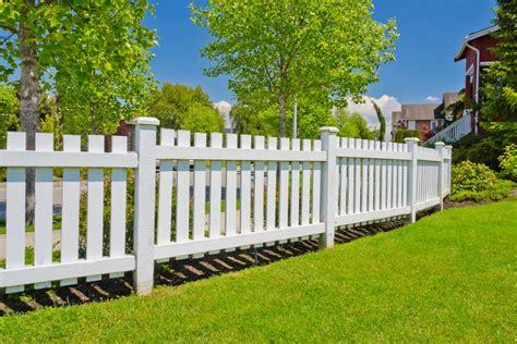 2021 wood fence costs cost to install privacy fence per foot