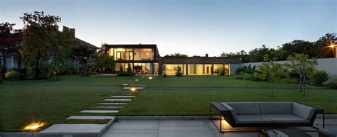 modern home layouts water patio house by drozdov partners karmatrendz