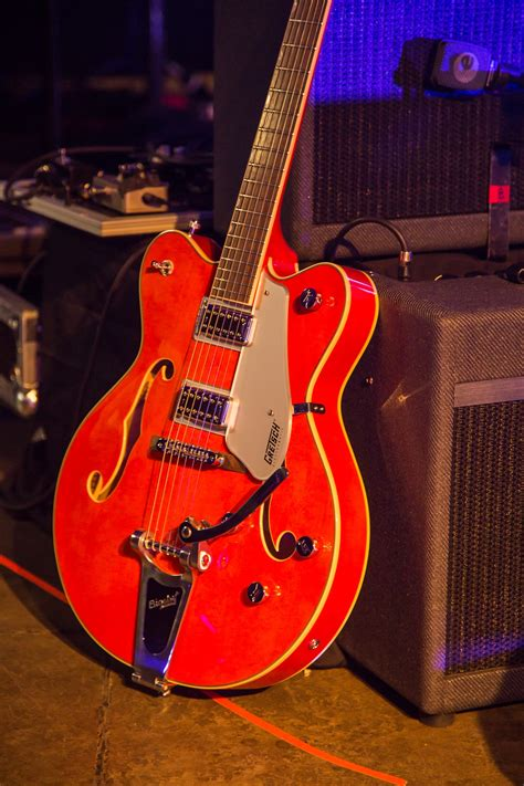 Guitar Player Reviews the G422T Electromatic - Gretsch ...