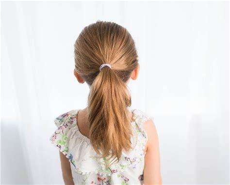 les meilleures coiffures decole pour votre petite fille
