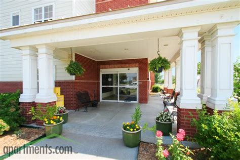 country club gardens apartments tulsa ok walk score