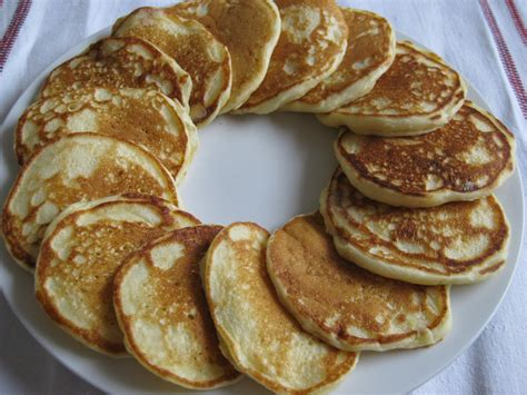 easy pancakes buttermilk pancakes buttermilk pancakes photo s published flickr