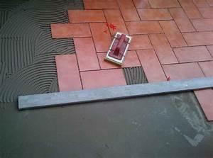 Costo posa pavimento piastrelle Ristruttura Interni