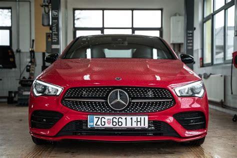 It was offered as a cargo van, a passenger van, and a pickup truck. Mercedes-Benz pripremio odličnu akciju na vozila sa zaliha, uštede do 100.000 kuna za nove ...