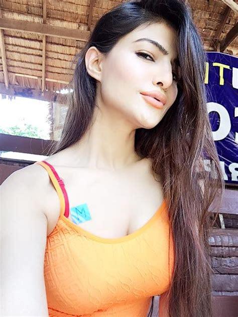 model sadaf hamid   boyfriend  thailand