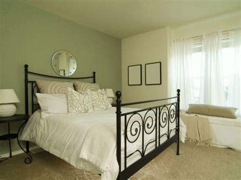 bureau brocante 25 beste ideeën olijfgroene slaapkamers op