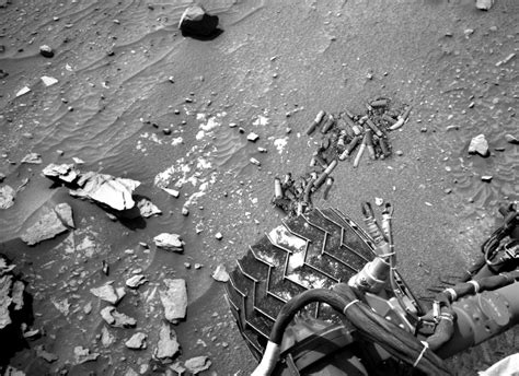 8 Unexplained Images Sent Back By The Mars Curiosity Rover  The Daily Dot
