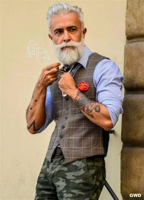los  hombres mayores mas impresionantes  hemos
