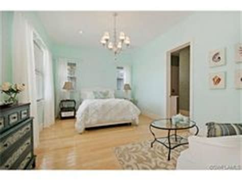 Bedroom Decorating Ideas Seafoam Green by 1000 Images About My Sea Foam Green Room Ideas On