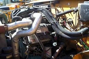 School Bus Mechanic  Valve Adjustment On A Dt466e International Diesel Engine
