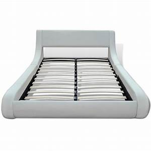 Lit 180 Cm : la boutique en ligne lit en cuir 180 x 200 cm blanc ~ Teatrodelosmanantiales.com Idées de Décoration