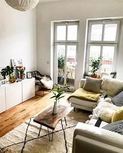 Wohnzimmer Einrichten Gemütlich : gem tlich eingerichtetes helles wohnzimmer in berlin wohnzimmer einrichtung berlin ~ Indierocktalk.com Haus und Dekorationen