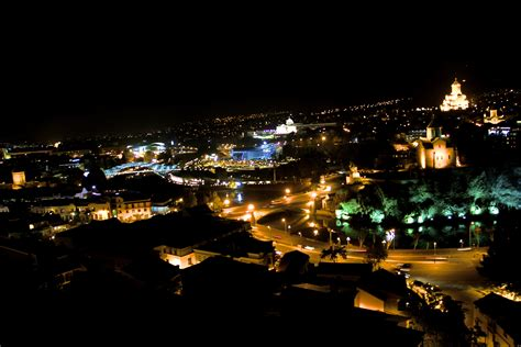 File:Tbilisi 2012 night.JPG - Wikimedia Commons