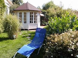 Pavillon Im Garten : ferienwohnung habichtswald niedenstein frau liesel zahn ~ Eleganceandgraceweddings.com Haus und Dekorationen