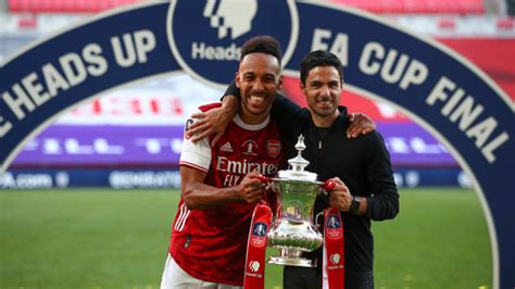 Pierre-Emerick Aubameyang Named as Arsenal Player of the ...