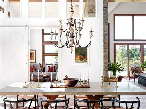 30 Rustic Dining Rooms That Radiate Refinement : 25 Diverse Dining Rooms With Sliding Barn Doors
