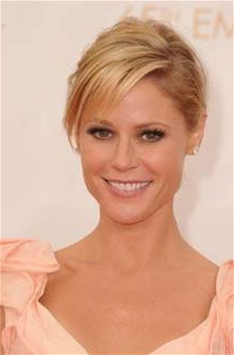 Get The Look Julie Bowen At The Emmys