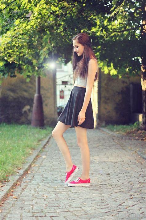Leona Meliskova RED VANS | Shoes | Pinterest | Casual Skater skirts and Skirts