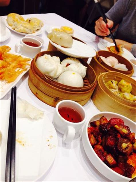 cha e cuisine yum cha cuisine indooroopilly restaurant reviews phone