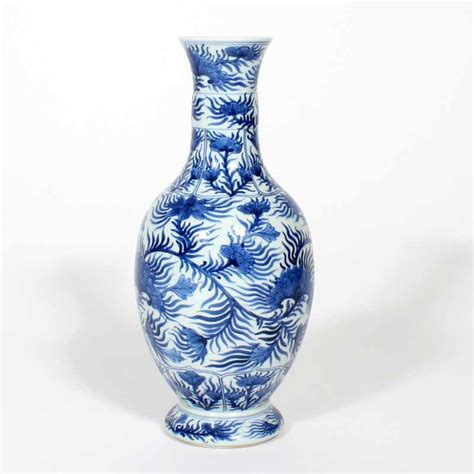 blue and white vase blue and white vases bed mattress