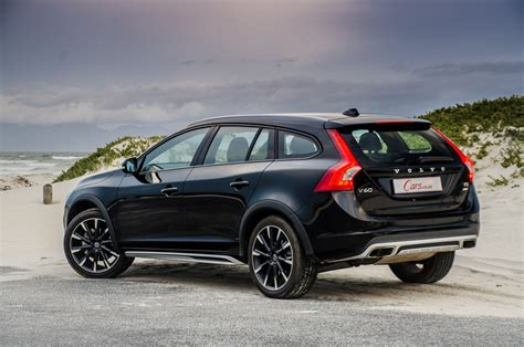 volvo  cross country   review carscoza